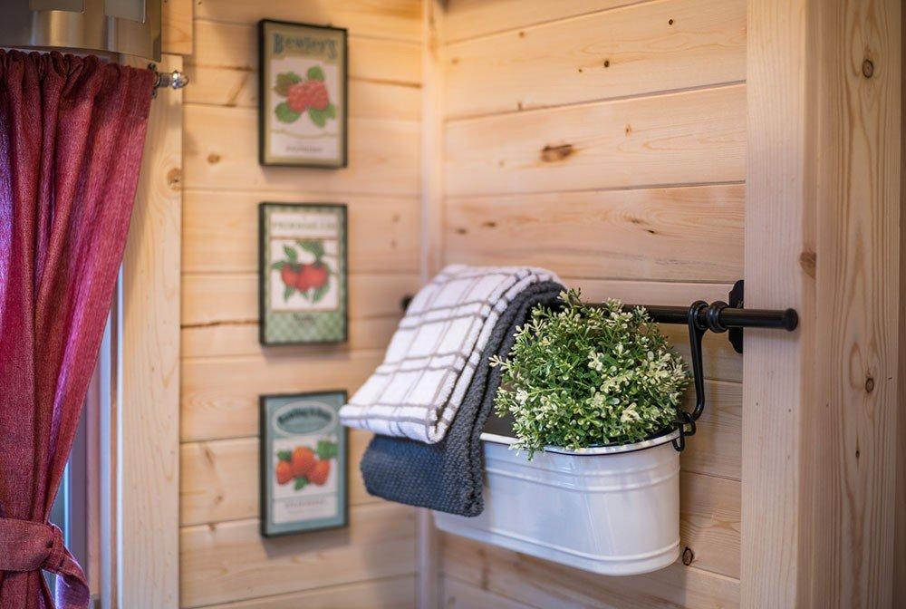 Tumbleweed Tiny House Elm - Scarlett